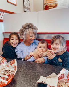 A family enjoys a meal at Freddy's